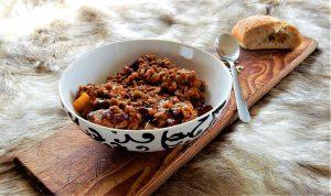 Chili con carne ist als Partyrezept sehr beliebt und eignet sich für viele Personen.
