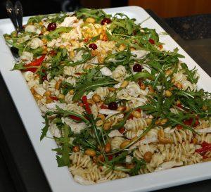 Italienischer Nudelsalat Mit Schafskäse Und Getrockneten Tomaten