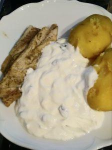 Als Beilage eignen sich auch gekochte Kartoffeln.