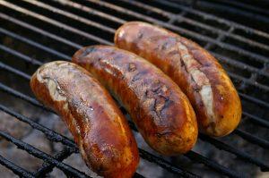 Bratwurst-Bacon-Bomb